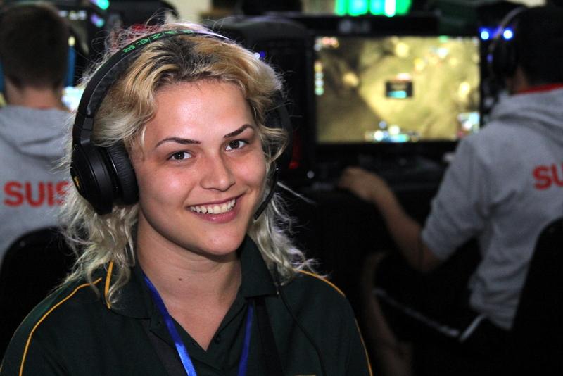 Maryke Kennard on turnauksen ainoa naispelaaja. Lajina League of Legends. Maryke edustaa Etelä-Afrikkaa.